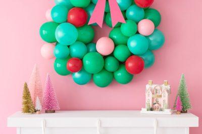 Новогодний венок из шариков